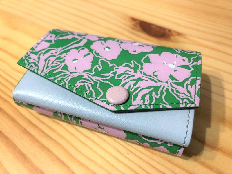 5e26d6ec9eb4 【abrAsus(アブラサス)小さい財布レビュー】お札がくるくるになる以外は最高!